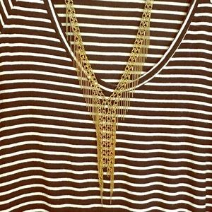 Jewelry - Gold color chain link necklace